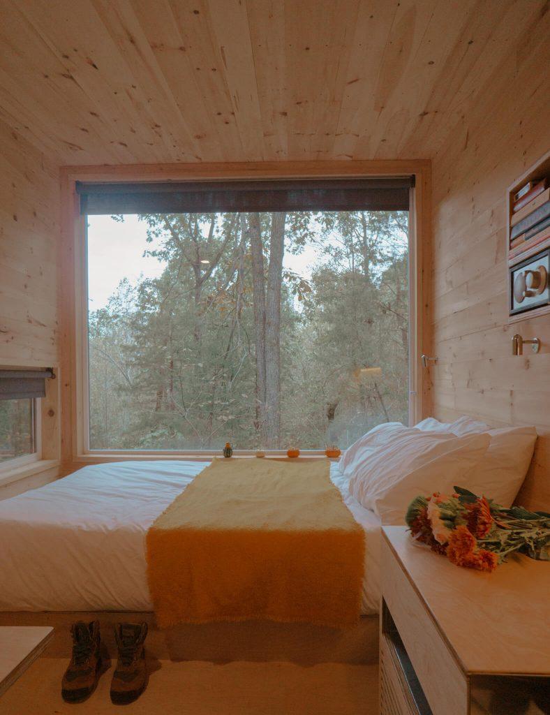 autumn cabin trip